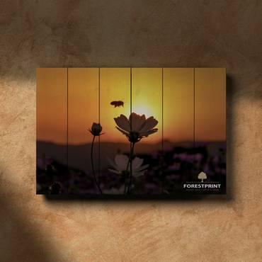 Картина на доске Пчела